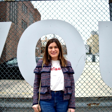How to dress up jeans + a graphic tee