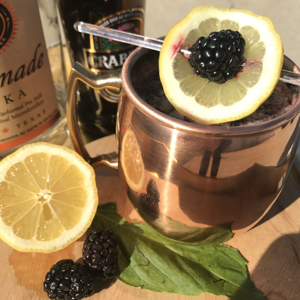 Lemon & Blackberry Moscow Mule | Spring Cocktail